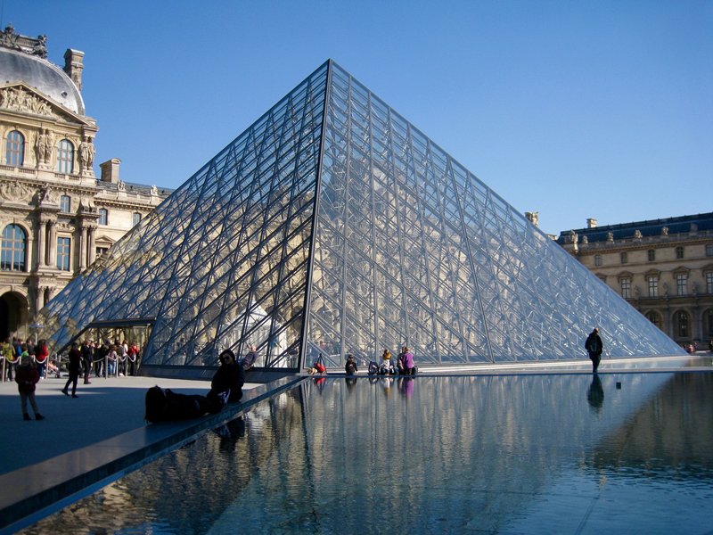 art-lover-honeymoon-louvre-paris