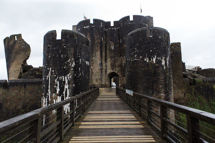 Caerphilly Castle wedding venue