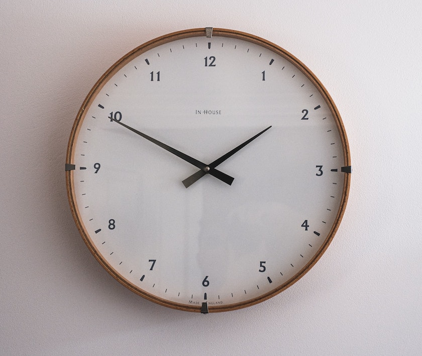 simple modern clock face